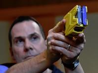 Сенаторы внесли  законопроект о праве транспортных полицейских применять электрошокеры