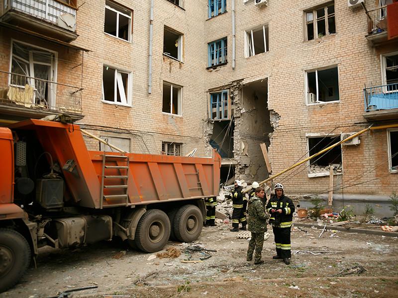 В результате частичного обрушения дома в Волгограде погибли три человека и 12 человек пострадали, состояние восьми из них оценивается как тяжелое и средне тяжелое