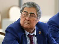 Глава Кузбасса Тулеев на фоне тревожных слухов снова продлил отпуск