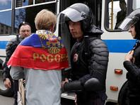 """Глава кремлевской пресс-службы заявил журналистам во вторник, что """"наряду с согласованным митингом, который был на Сахарова и прошел без проблем, были и провокационные действия"""""""