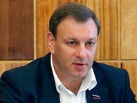 На руке главы Апатитов, жители которого жалуются на плохую медицину, заметили часы за 1,5 миллиона рублей