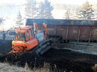На пути в Дындыры с рельсов сошли 32 вагона товарного поезда