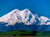 На Эльбрусе возобновились поиски пропавшего неделю назад альпиниста из США