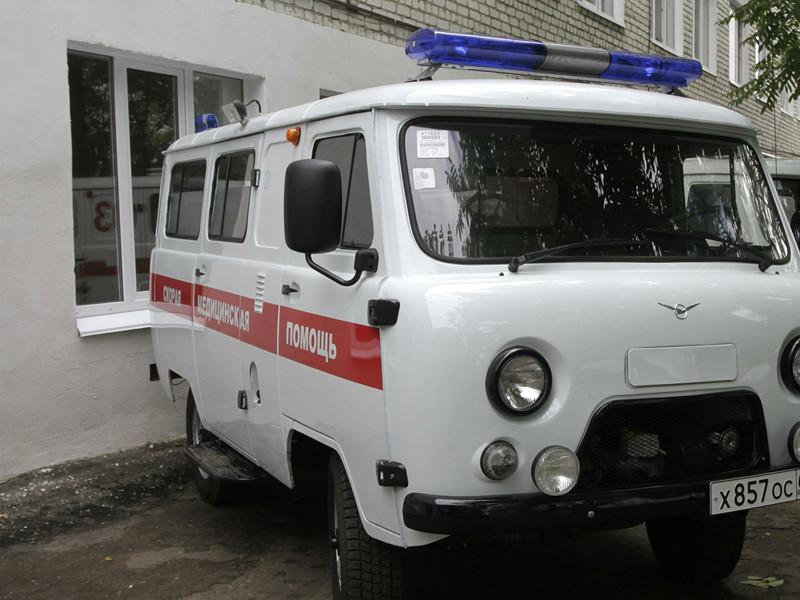 В городе Пестово Новгородской области подросток умер после того, как выпил неизвестную жидкость из найденной на улице бутылки