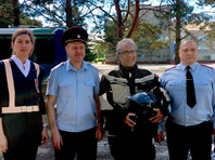 Племянник актера Раджа Капура, совершающий мотопробег по России, показал мастер-класс приморским полицейским