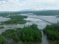 На Чукотке лодка с многодетной семьей перевернулась на реке Малый Анюй: пятеро пропали