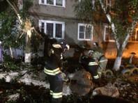 После взрыва возник пожар. В результате ЧП погиб один человек. Всех жильцов дома - 278 человек - эвакуировали