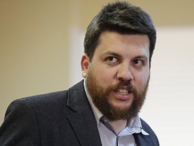 Симоновский суд Москвы отправил на пять суток под арест Леонида Волкова, главу избирательного штаба оппозиционера Алексея Навального