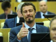 Госдума досрочно прекратила депутатские полномочия единоросса и теннисиста Марата Сафина