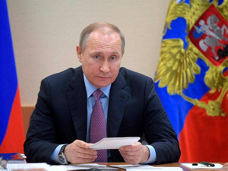 Президент России Владимир Путин утвердил изменения в законе о выборах главы государства, в котором, среди прочего, уточняется процедура назначения президентских выборов в 2018 году