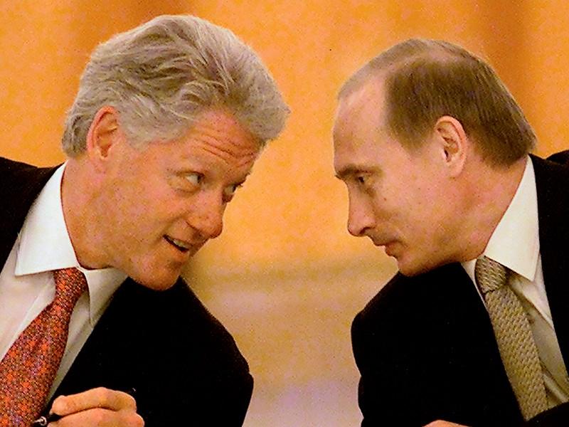 Путин предлагал Клинтону подумать о вступлении России в НАТО. С Биллом Клинтоном Путин встречался в июне 2000 года