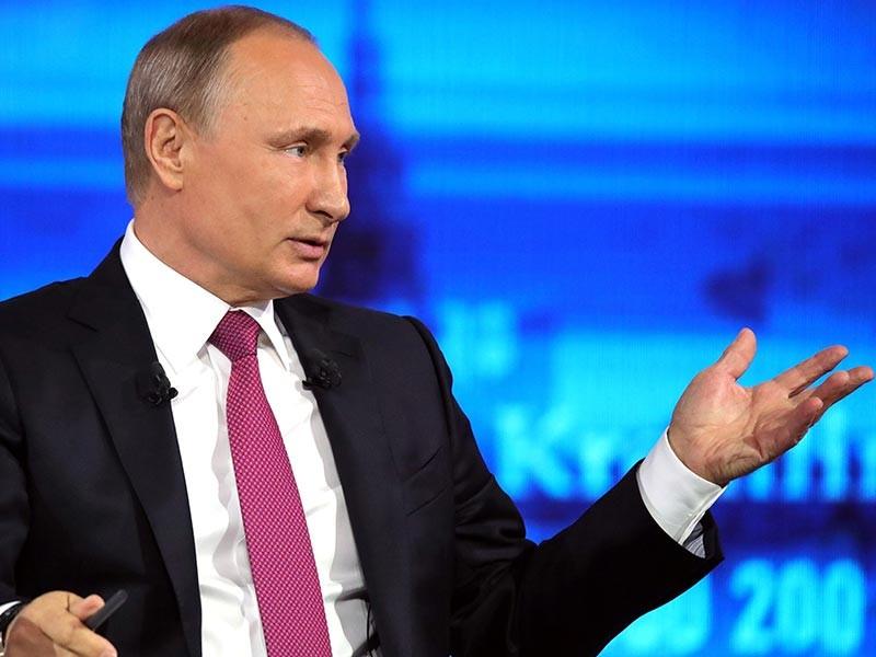 Путин во время прямой линии ожидаемо ушел от ответа о своем новом сроке