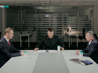 В Москве проходят дебаты Навального и Стрелкова