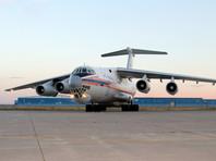 По словам другого источника издания в силовых структурах, Тулеев был доставлен на борт МЧС, оборудованный средствами для транспортировки пассажиров, находящихся в тяжелом состоянии, который доставил его в Москву