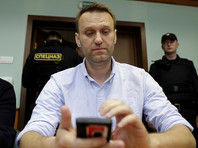ФСИН попросила продлить Навальному испытательный срок на год. Оппозиционер связал это с выборами