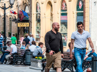 Опрос: каждый десятый россиянин хотел бы переехать на ПМЖ за границу