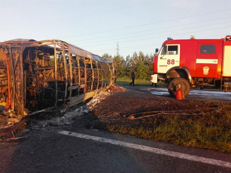 Авария произошла в девяти километрах от города Заинск в Татарстане в ночь на 2 июля