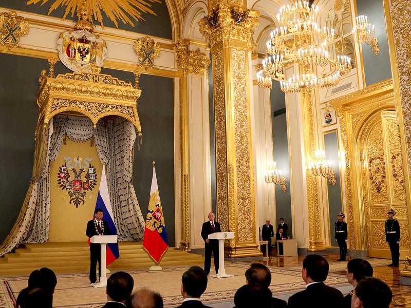 В Кремле прошла встреча президента России Владимира Путина и председателя КНР Си Цзиньпина
