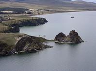 Вечером воскресенья, 16 июля, в районе острова Ольхон на Байкале в воду рухнул частный легкомоторный самолет Cessna-172R. На борту находились трое мужчин и подросток. Все они получили травмы