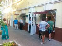 Обыски в штабах Навального продолжаются: на этот раз силовики пришли в офис волонтеров в Астрахани