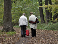 Российские пенсионеры живут плохо, но счастливо, показал глобальный рейтинг