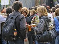В ВШЭ рассказали, почему будущие студенты техникумов пьют больше подростков, мечтающих о вузе