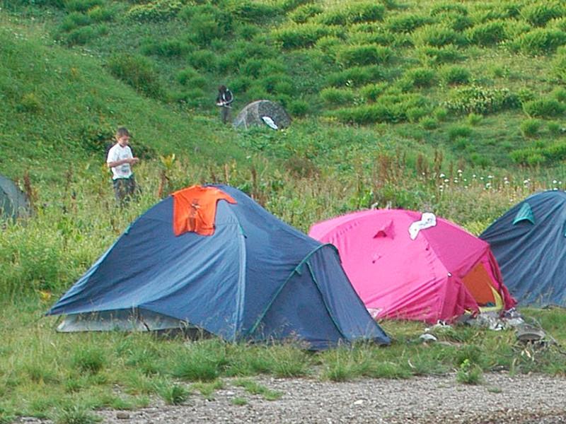 В Югре закрыли детский лагерь, где гость директора ранил ребенка выстрелом в живот