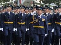 """""""Коммерсант"""": правительство повысит нижний предел выслуги лет для военных"""