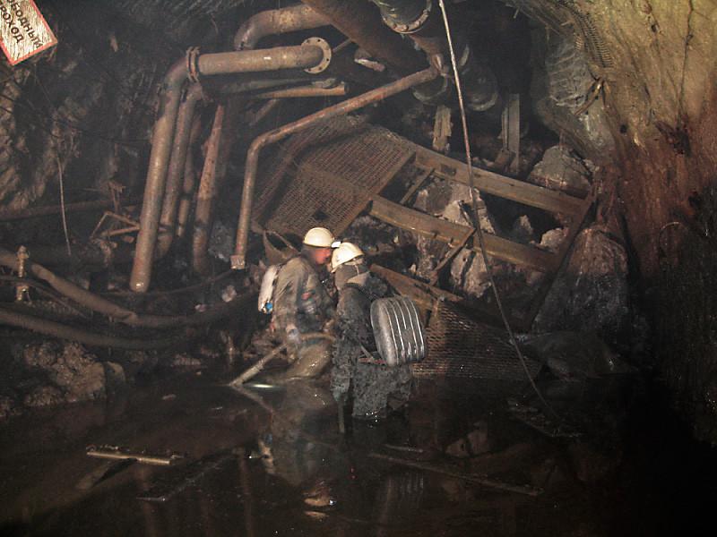 """Взрывные работы на руднике """"Мир"""" не принесли результата"""