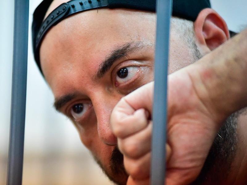 Режиссера Серебренникова посадили на месяц под домашний арест
