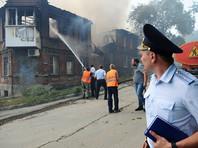 По состоянию на 15:26 площадь пожара составляет 6000 квадратных метров