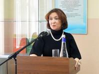 Члена президиума Краснодарского краевого суда Елену Хахалеву, прославившуюся в июле благодаря сообщениям о свадьбе ее дочери стоимостью 2 млн долларов, попросили проверить на мошенничество с дипломом юриста