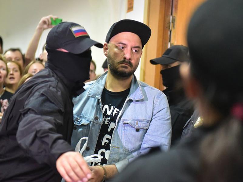 Знаменитого режиссера посадили под домашний арест по обвинению в хищении у государства 68 млн рублей, выделенных на масштабный творческий проект