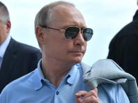 """РБК: Путин встретится в Крыму с """"Ночными волками"""", лишенными грантов Кремля"""