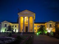 В Краснодарском крае для экономии электроэнергии отказались от подсветки зданий и фонтанов