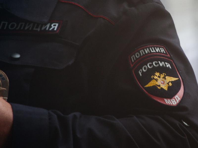 В Барнауле задержали координатора штаба Навального Артема Косарецкого, пришедшего в полицию в качестве потерпевшего