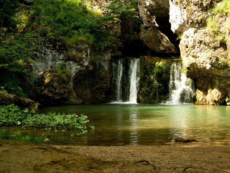 В Башкирии пропала группа из 15 туристов, два дня назад поехавших полюбоваться на водопад Атыш