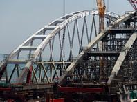 В Керченском проливе начали устанавливать арку моста весом в 6 тысяч тонн