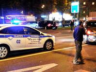 В центре Москвы грузовик наехал на людей - водитель задержан, двое пострадавших госпитализированы