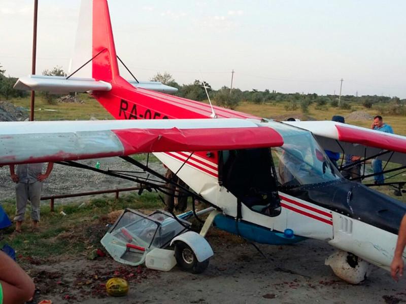 Легкомоторный самолет попал в ДТП в Чечне