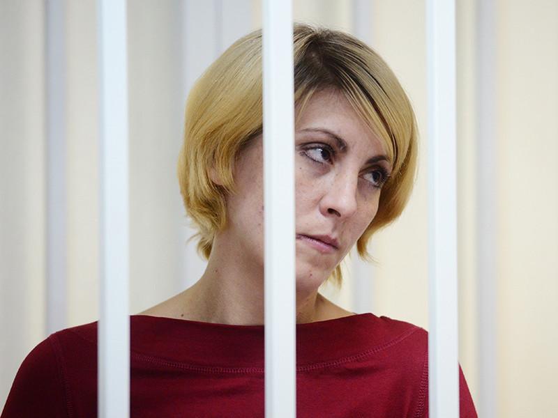 Железнодорожный городской суд Московской области начал рассмотрение по существу резонансного уголовного дела в отношении Ольги Алисовой, обвиняемой в смертельном наезде на шестилетнего ребенка, которого эксперт после этого признал пьяным