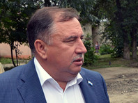 Валерий Сараев посчитал, что тут есть часть его вины, поэтому ушел в отставку. Его обязанности будет исполнять заместитель, согласно должностной инструкции