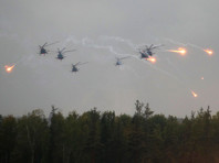 """В министерстве отметили, что 18 сентября за учениями наблюдали сотни российских и иностранных журналистов, а также военные атташе из более чем 50 государств и """"никаких происшествий, связанных с работой армейской авиации, не было"""""""