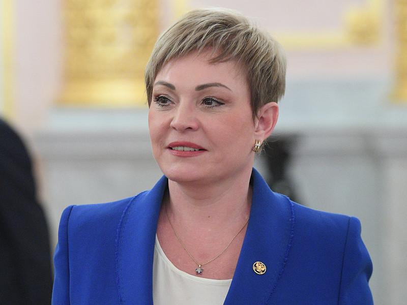 Деятельность губернатора Мурманской области Марины Ковтун, которой СМИ предрекают скорую отставку, привлекла внимание сотрудников правоохранительных органов