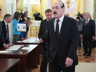 Основной причиной ухода Абдулатипов назвал свой возраст - в этом году ему исполняется 71 год