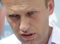 """Навальный начал выступление с того, что пообещал научить школьников """"экстремизму"""": """"Они бояться одной простой вещи - правды… Их кидает там в жар и дрожь… Вся эта власть построена на бесконечном вранье"""""""