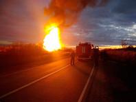 """""""Проснулся от взрыва. Все небо было освещено"""": в подмосковных Луховицах авария на газопроводе, в МЧС говорят о """"незначительном"""" прорыве (ВИДЕО)"""