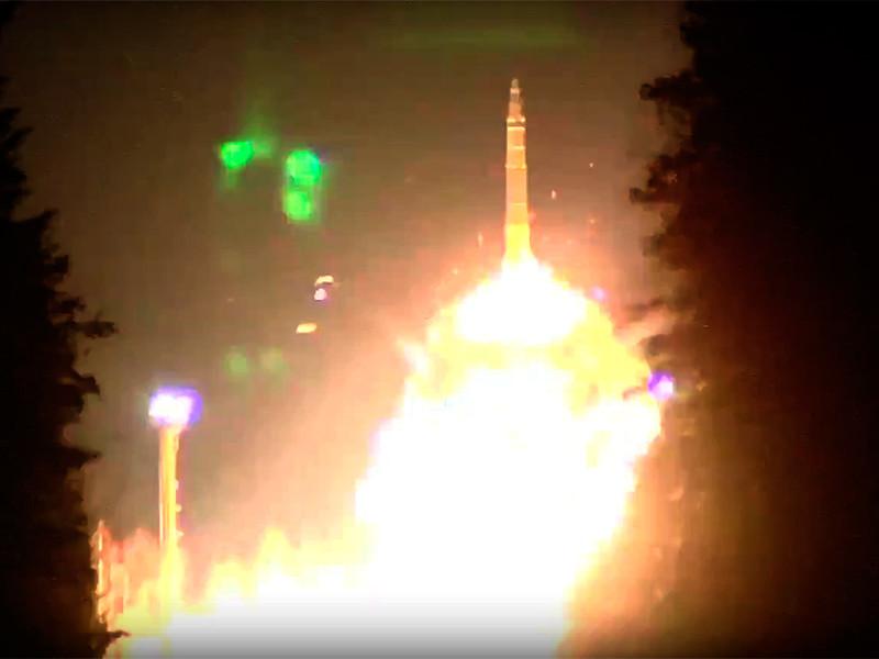 Минобороны РФ отчиталось об учебном запуске четырех баллистических ракет