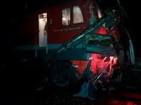 Жертвами столкновения поезда с автобусом стали около 16 человек