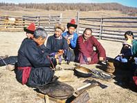 Кочевникам в России разрешили усыновлять детей
